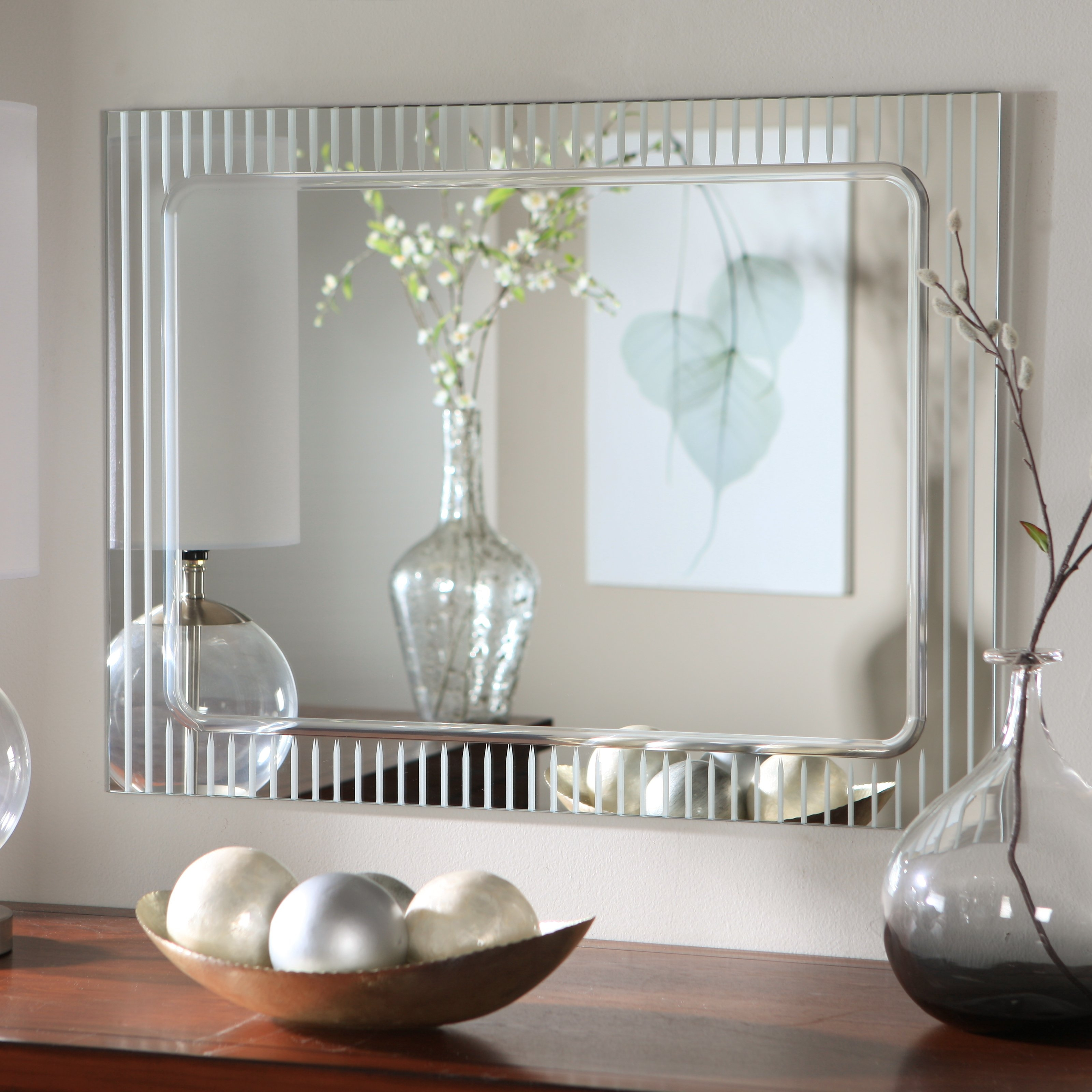 Decorating Bathrooms With Mirrors