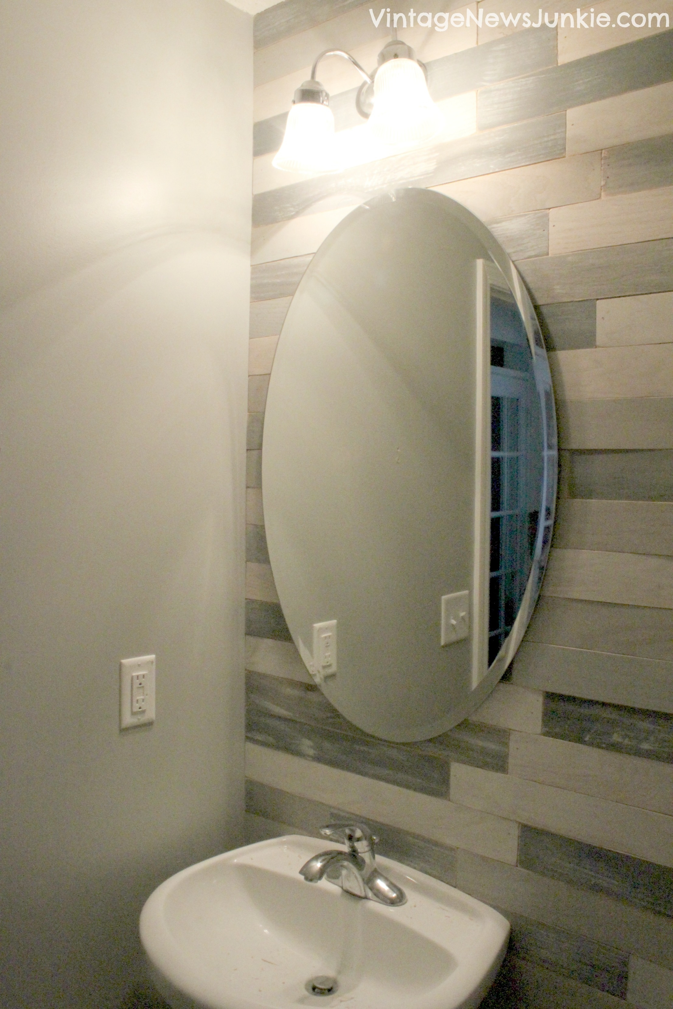Decorative Wall Mirrors For Bathrooms