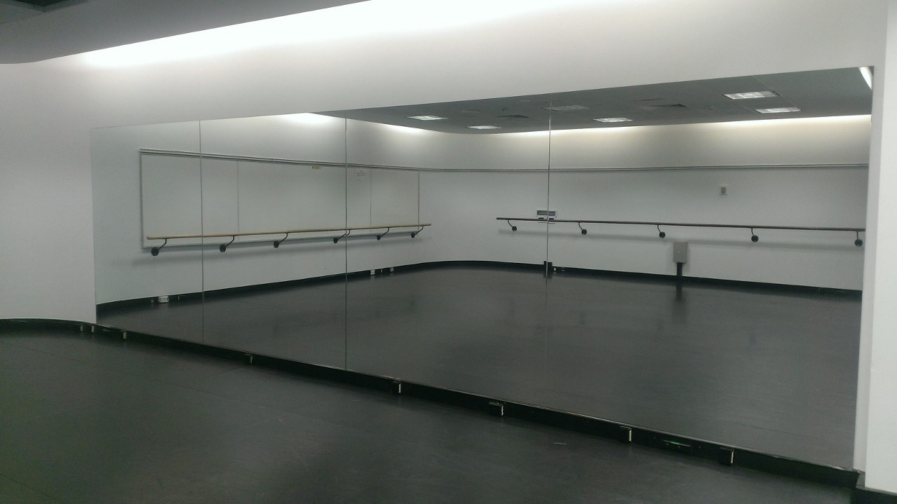 Frameless Wall Mirror For Gym