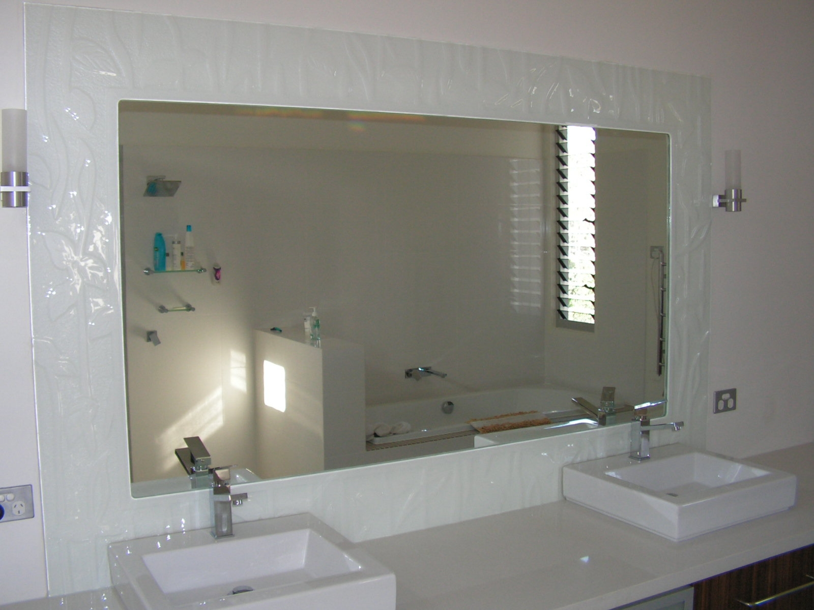 Large Glass Bathroom Mirrors