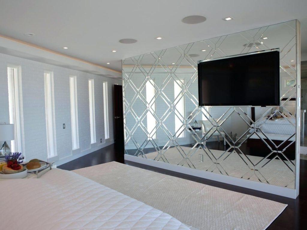 Mirror Tiles For Bedroom Walls