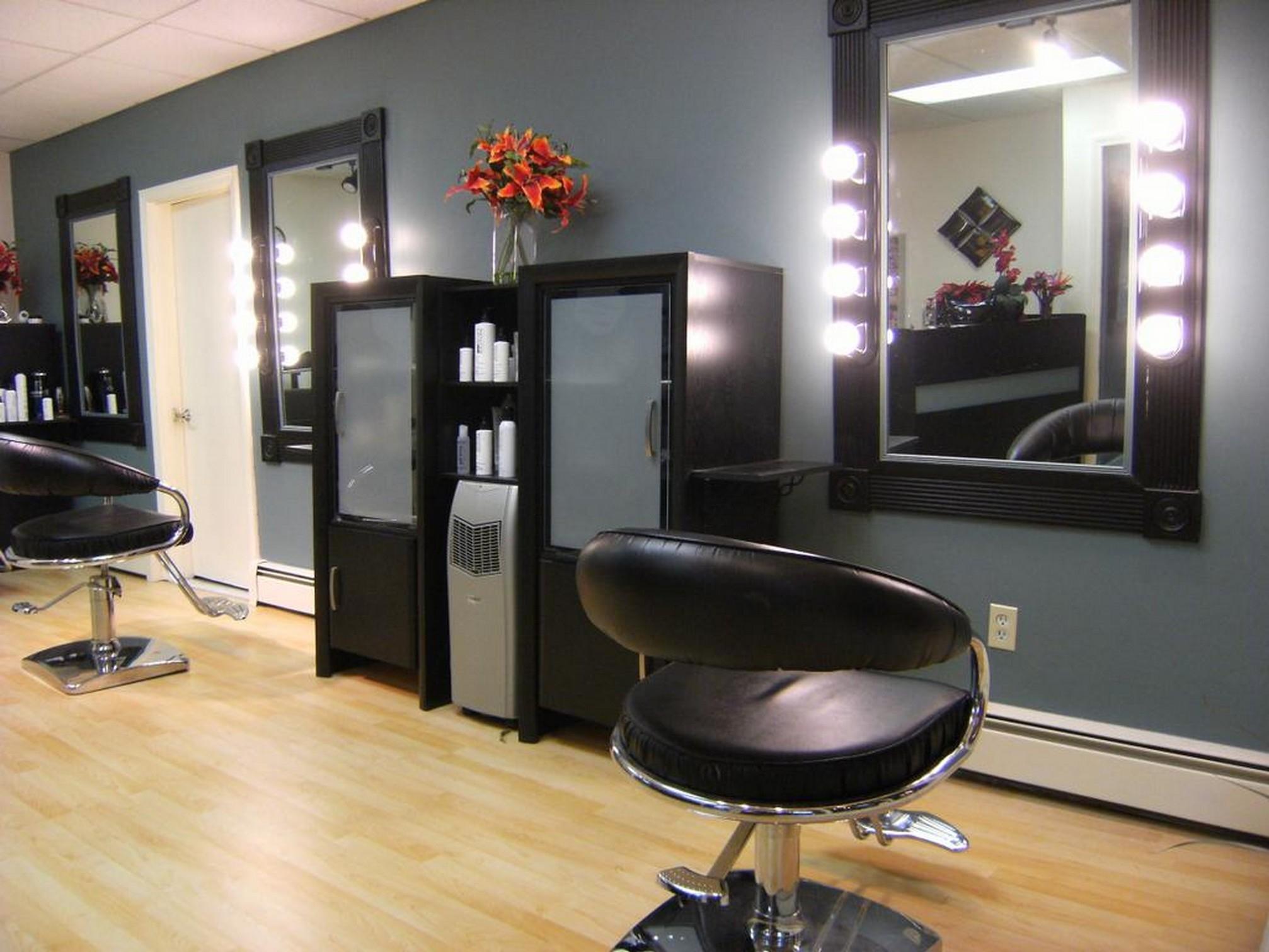 Mirrors On The Wall Hair Salon