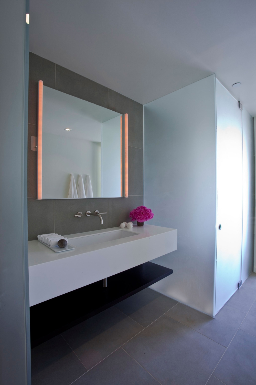 Modern Bathroom Lighted Mirrors