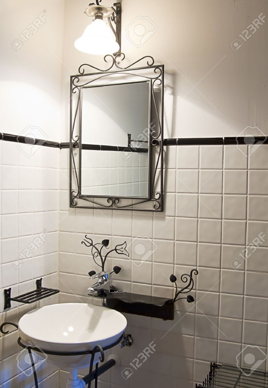 Permalink to Old Style Bathroom Mirrors