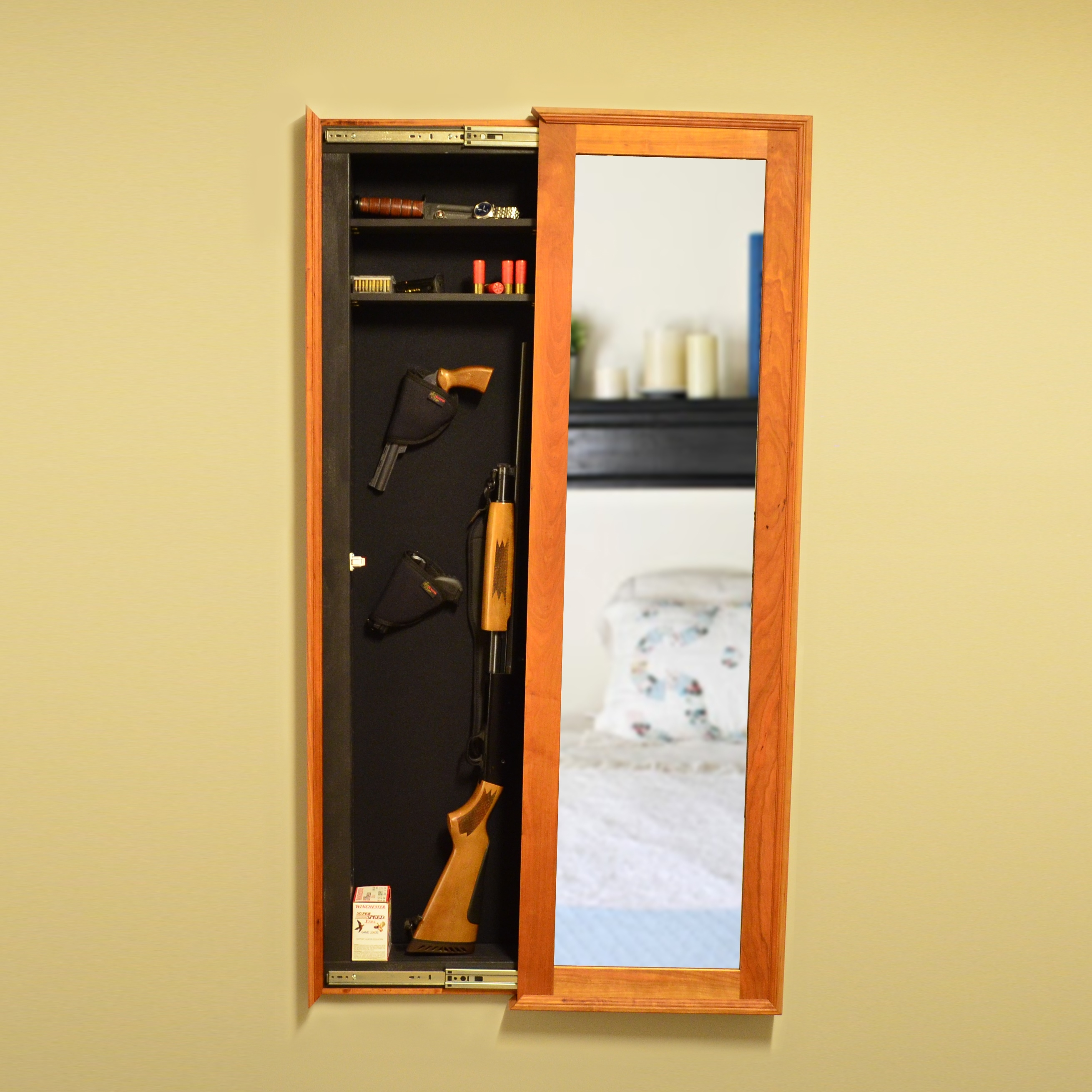 Stealth Wall Mirror Safe