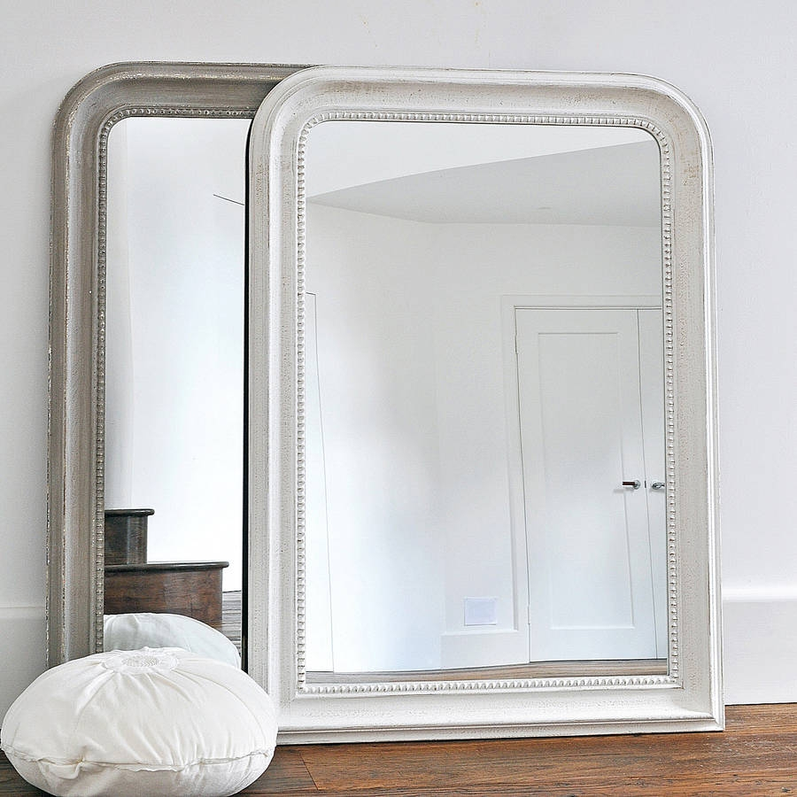 Permalink to White Beaded Wall Mirror