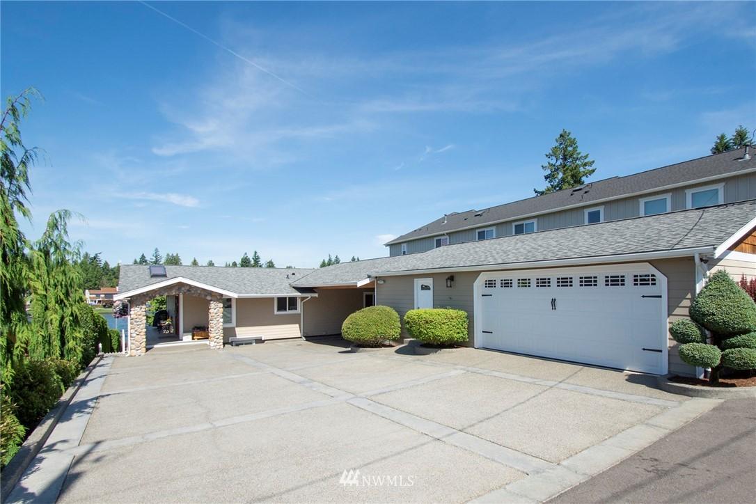 20402 Church Lake Drive Property Photo 1