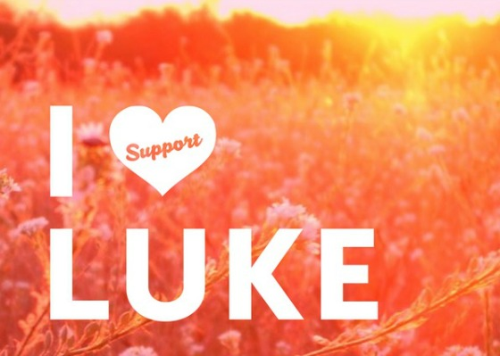 I Support Luke Posctard Image