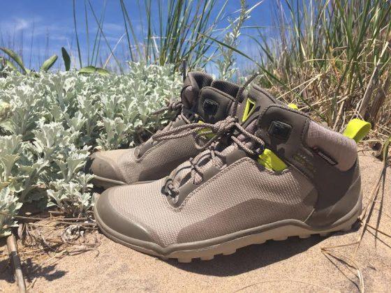 Vivobarefoot-hiker
