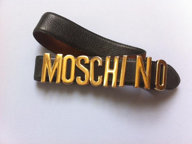 vintage-moschino-belt