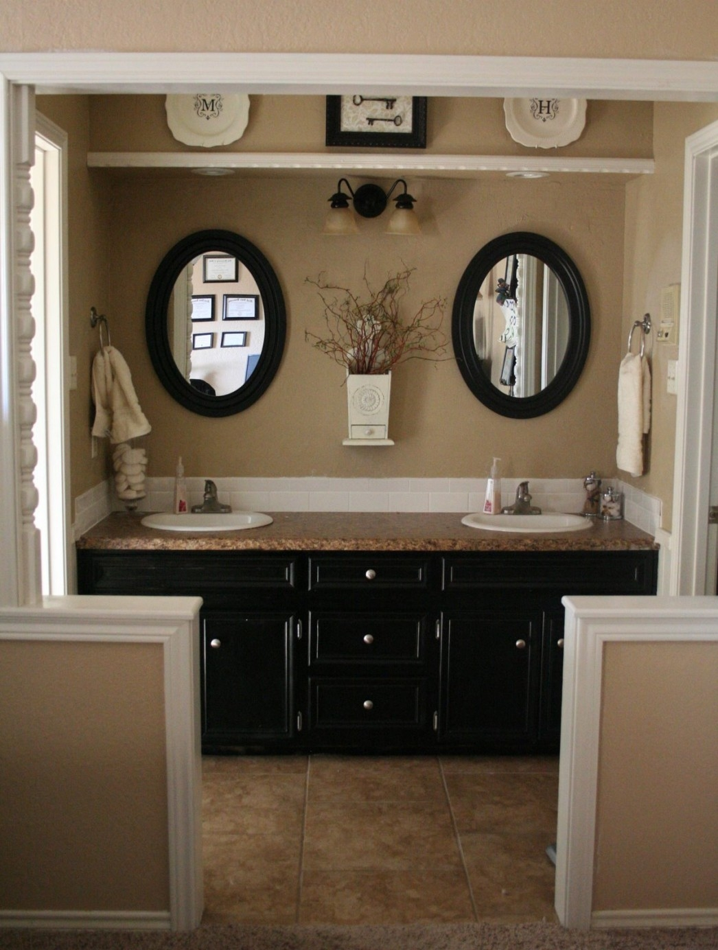 Bathroom Paint Color Ideas With Dark Cabinets
