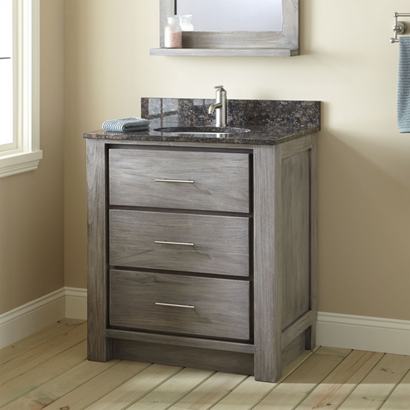Small Bathroom Vanity With Drawers