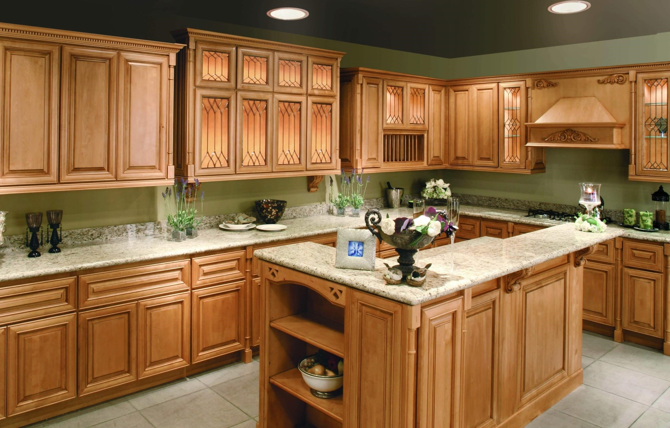 Bathroom Wall Color With Oak Cabinets