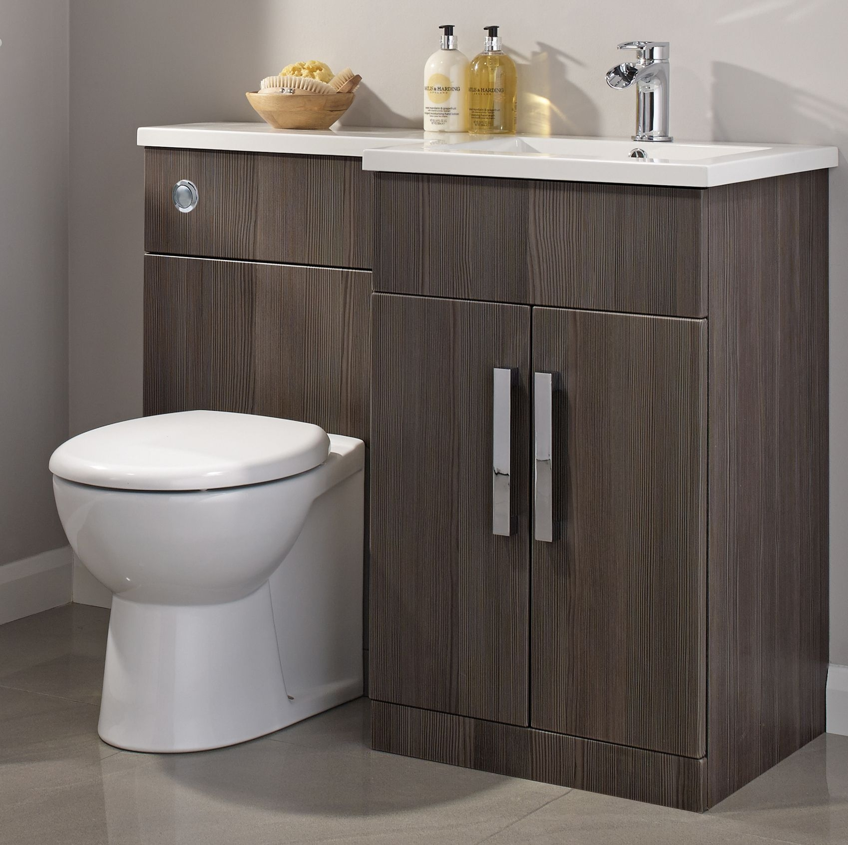 Fitted Bathroom Furniture B And Q