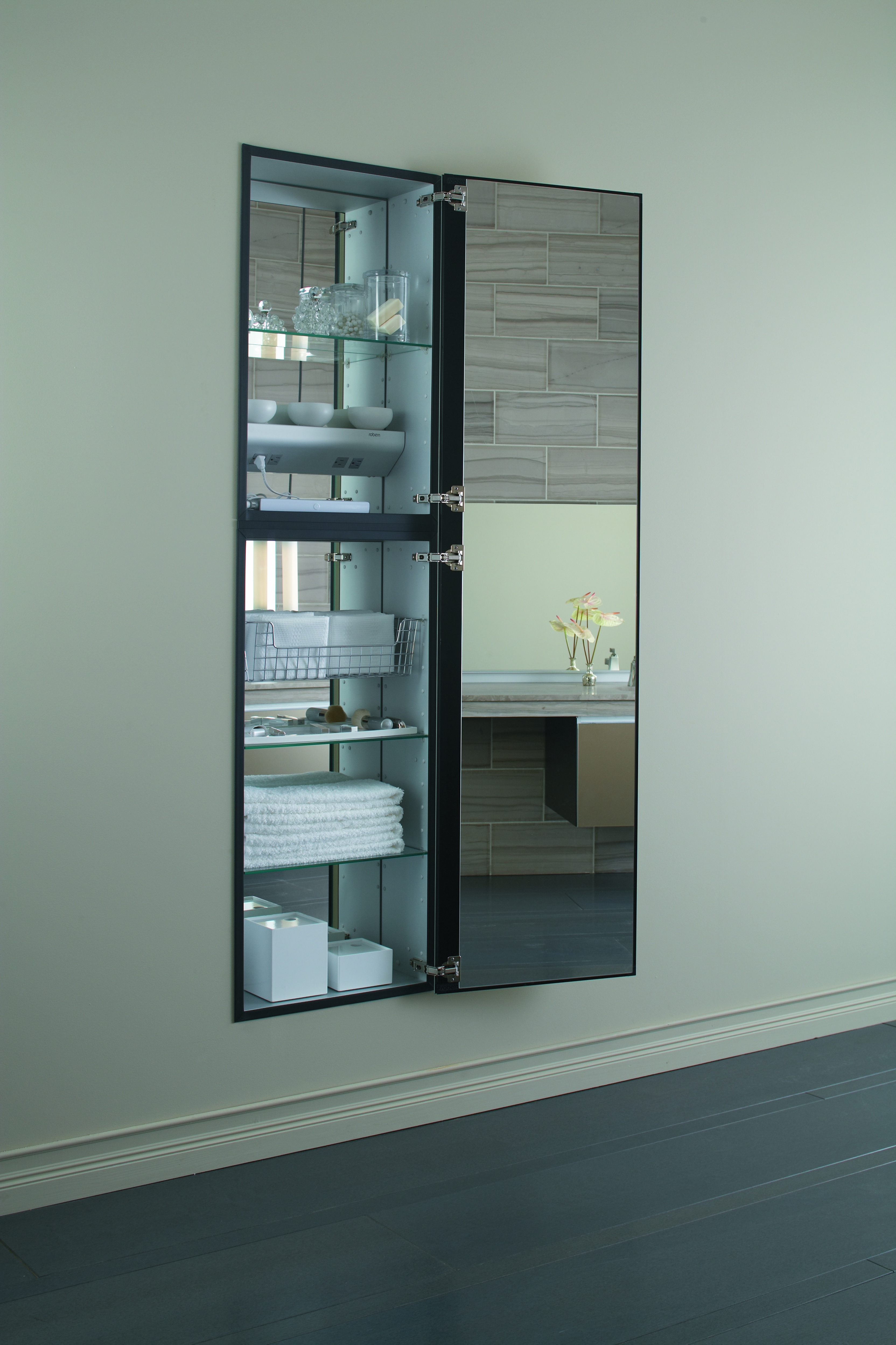Full Length Mirrored Bathroom Cabinet