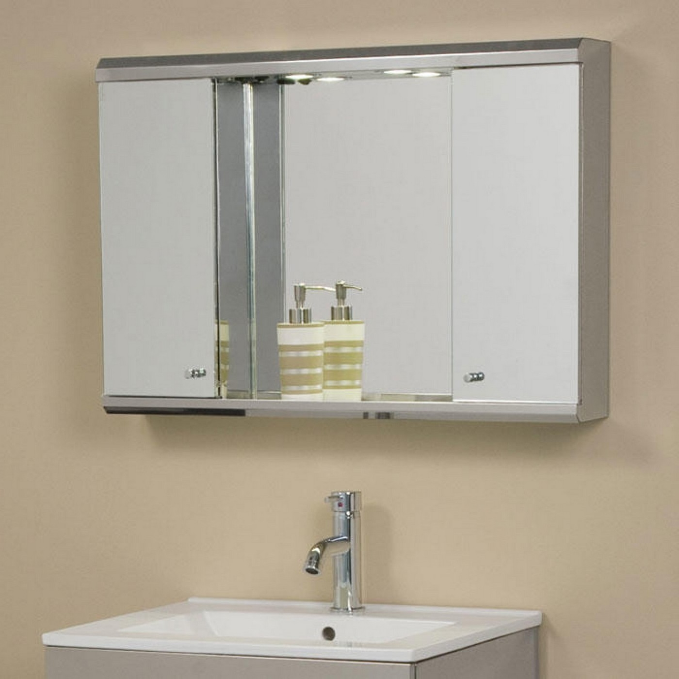 Horizontal Bathroom Medicine Cabinets