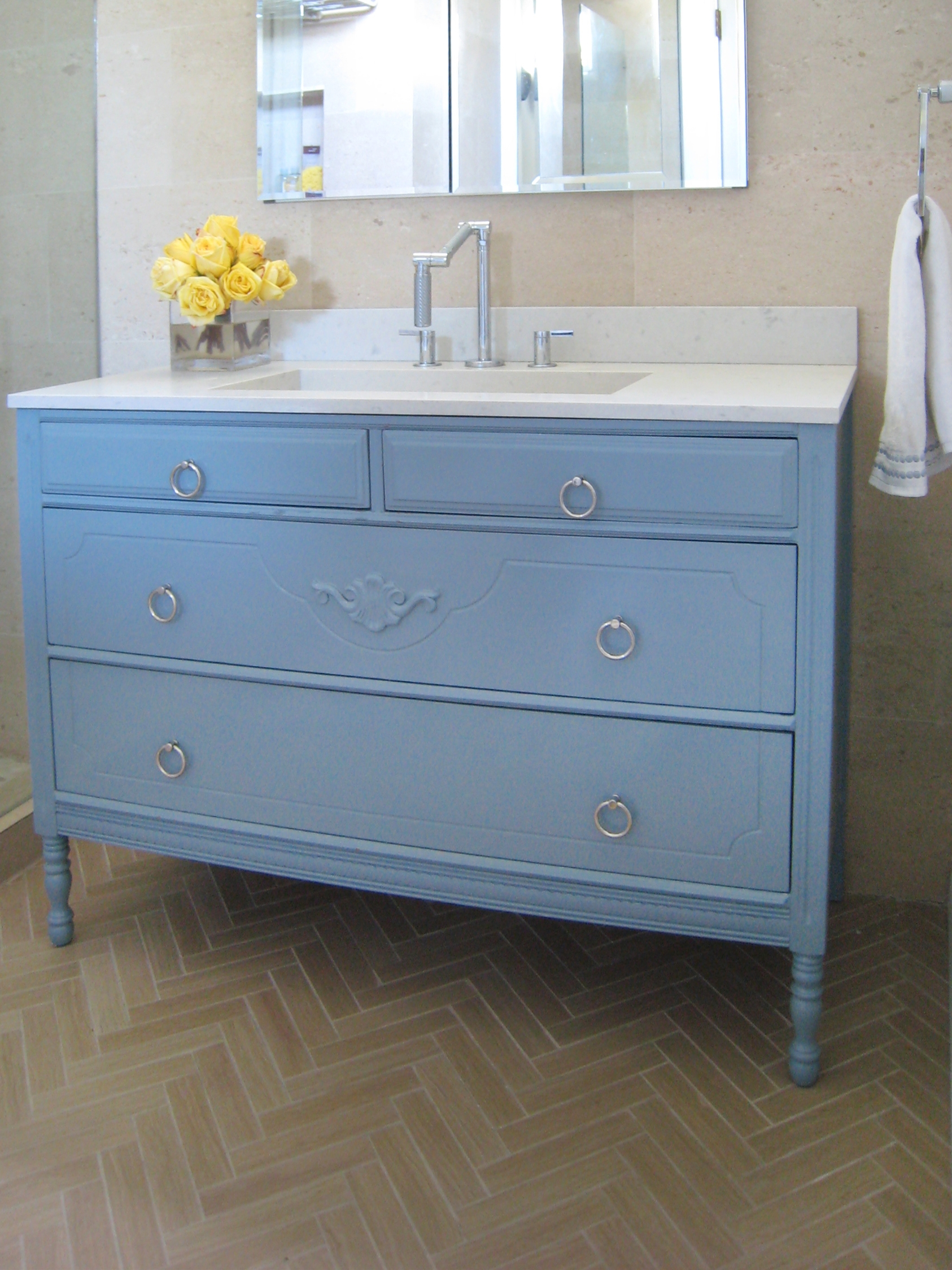 Small Bathroom Cabinet Drawers