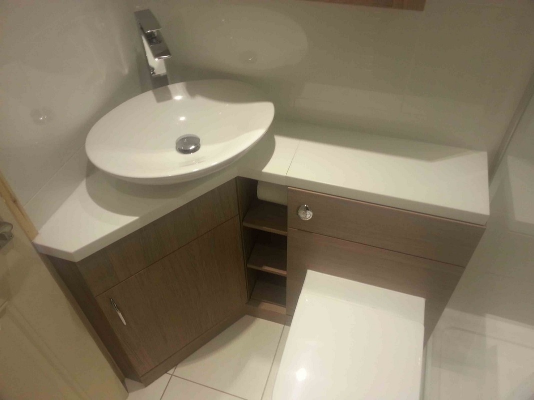 Small L Shaped Bathroom Vanities
