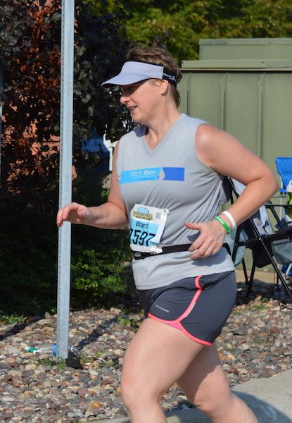 Runner photo from side
