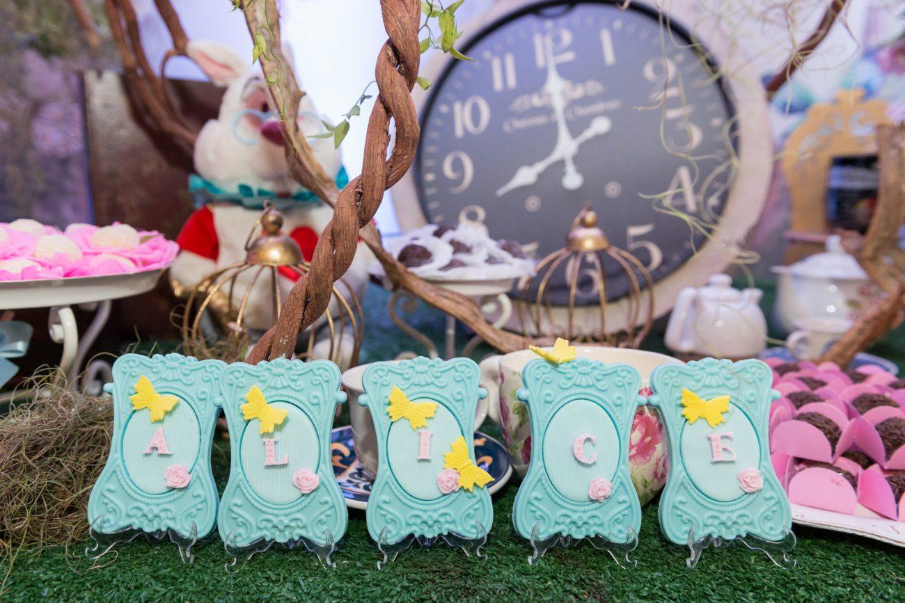 docinhos lembrancinhas festa temática alice no pais das maravilhas fotografa de aniversario fotografia de festas infantis sp