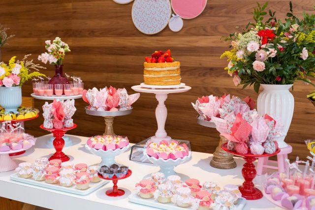 bolo e doces decoração de festa infantil fotógrafa de familia fotografia de festas infantis sp são paulo