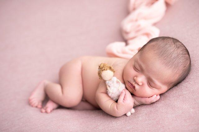 bebê recém-nascidos como fotografar bebês fotógrafa laura alzueta