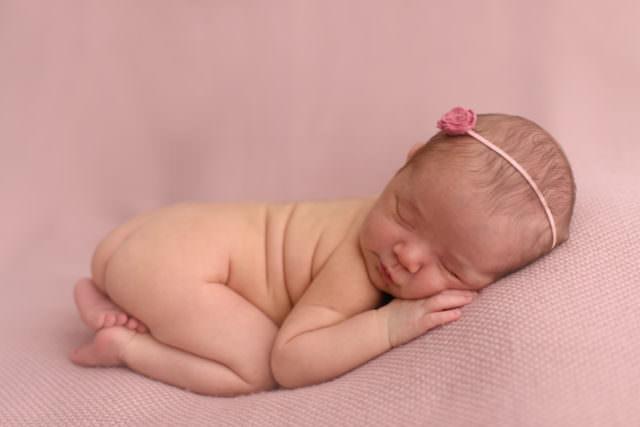 fotografia-newborn-rafaela-16-dias-laura-alzueta-001