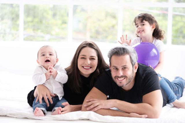 presente para pais dias dos pais fotografia com pais e filhos fotografa de familia sao paulo sp laura alzueta família feliz