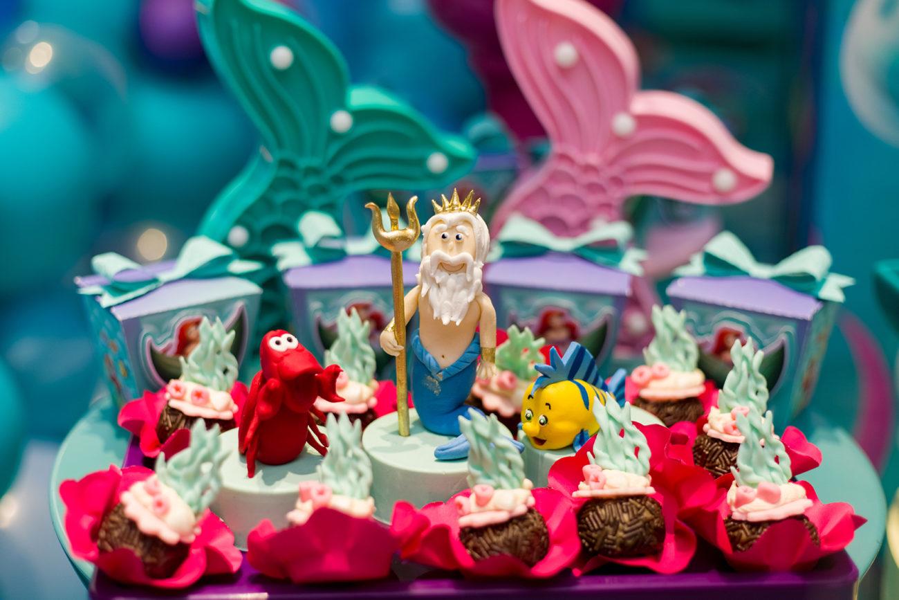 Mesa de maternidade ou batizado: ideias diferentes chegada do bebê ingrid Folkerts Celebration decoração festa infantil