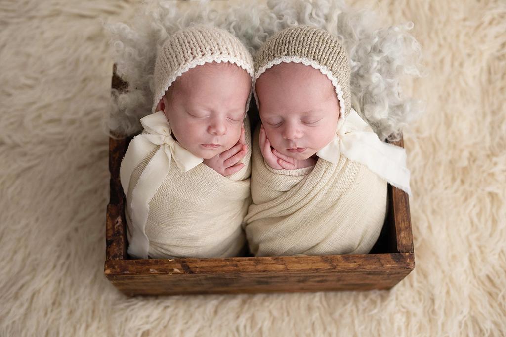 fotografia de recém-nascidos, fotografia newborn, foto de bebê, ensaio newborn, ensaio newborn com gêmeos