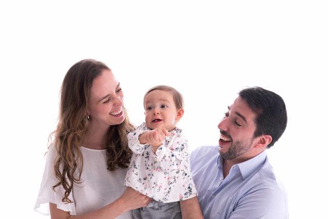 ensaio de fotos com bebês, fotos de bebês, sessão com bebês, ensaio com bebê, ensaio bebê e família, ensaio de família, ensaio com bebê e irmãos, fotos de família, fotografia de bebês