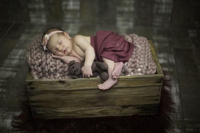 newborn Manuela