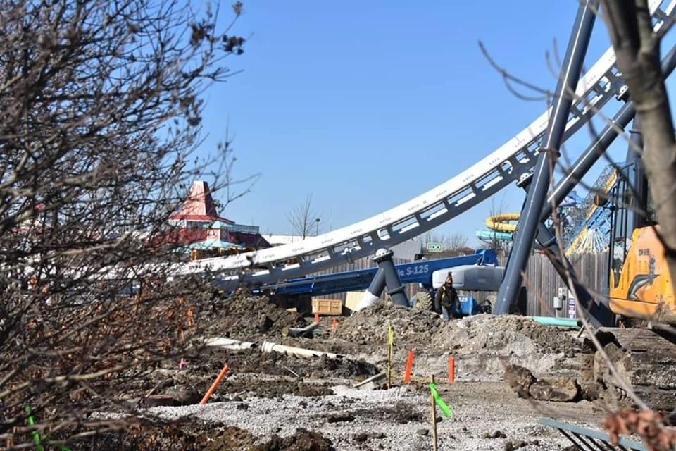 Six Flags Great America inicia construção de sua montanha-russa