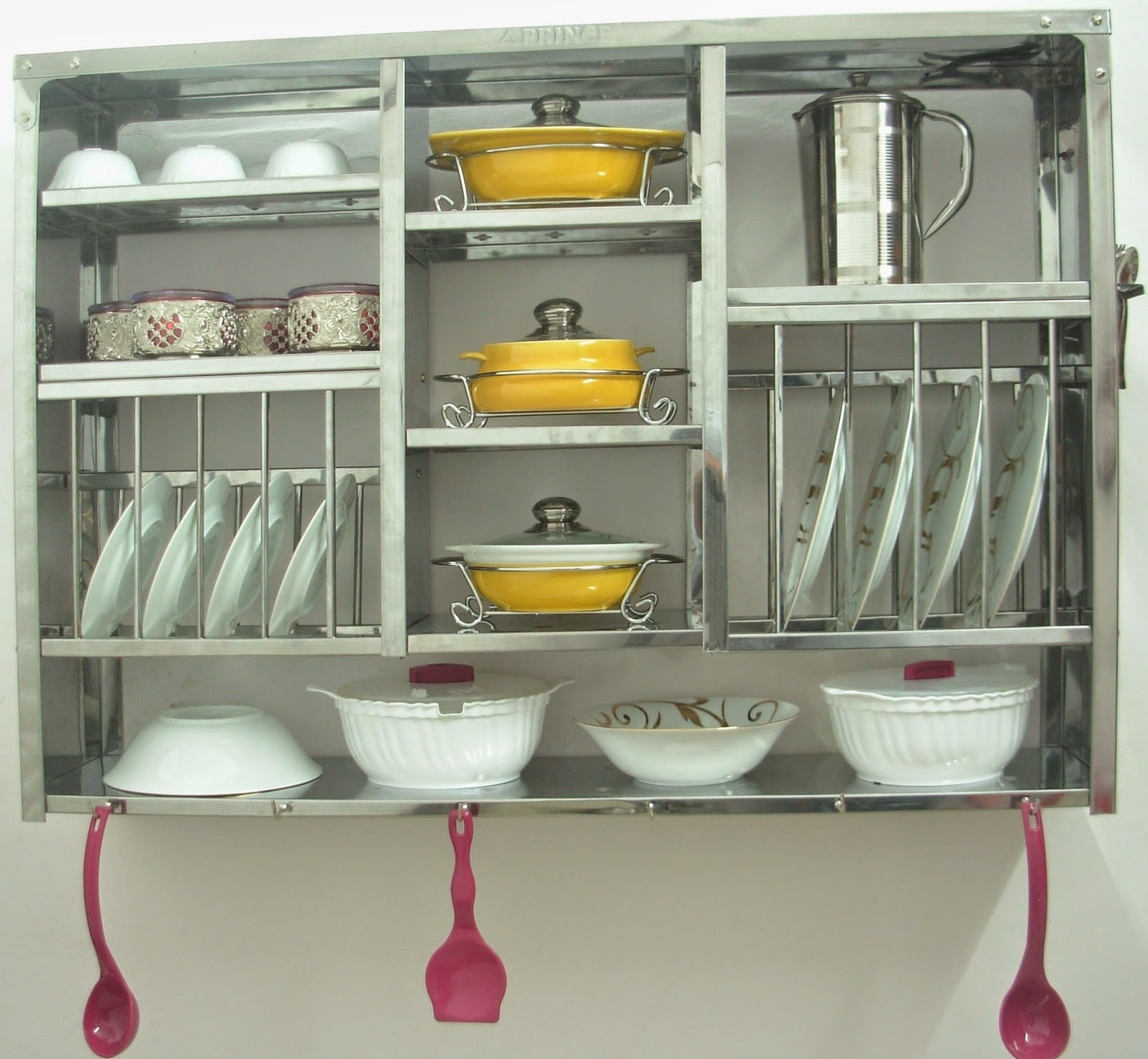 Kitchen Cabinet Dish Display