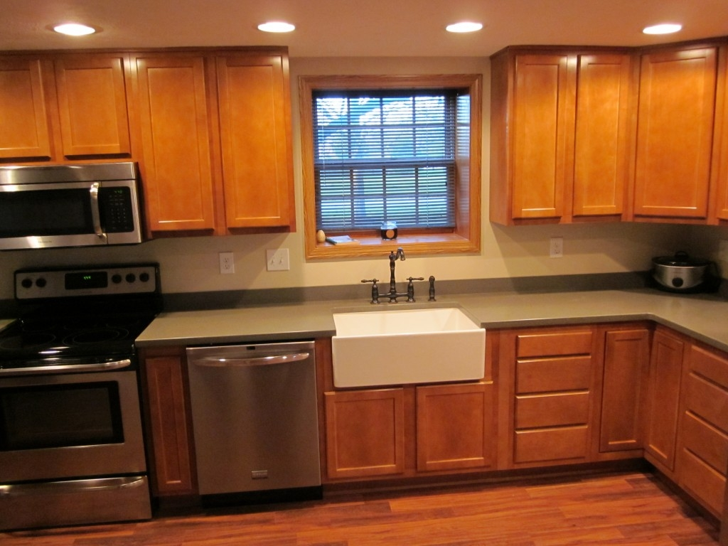 Kitchen Kompact Cabinets Glenwood Beech