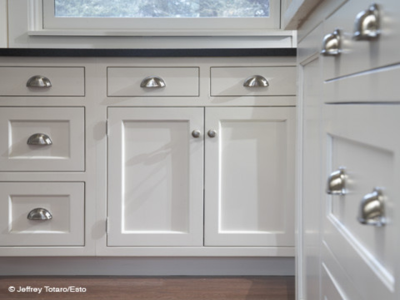 Kitchen Pull Handles For Cabinets