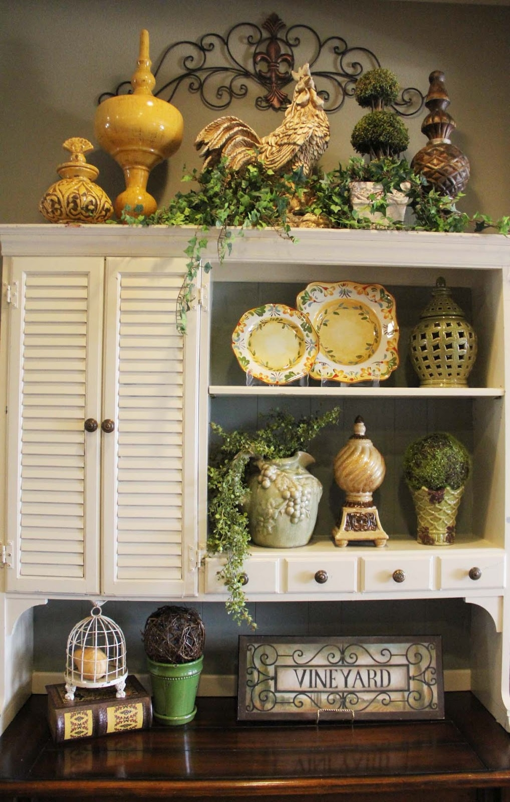 Decorating Above Kitchen Cabinets With Greenery