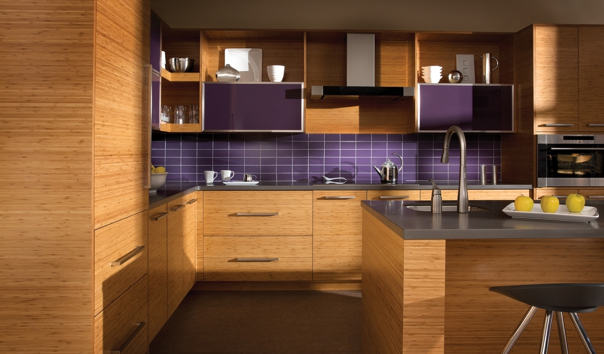 Horizontal Wood Grain Kitchen Cabinets