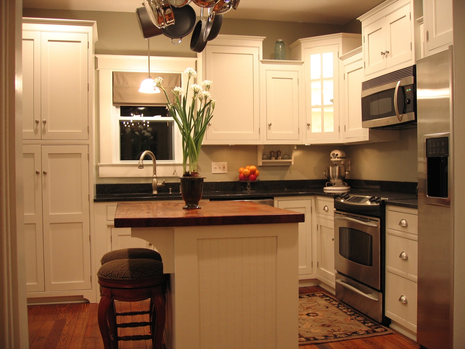 Kitchen Cabinets For Small Areas