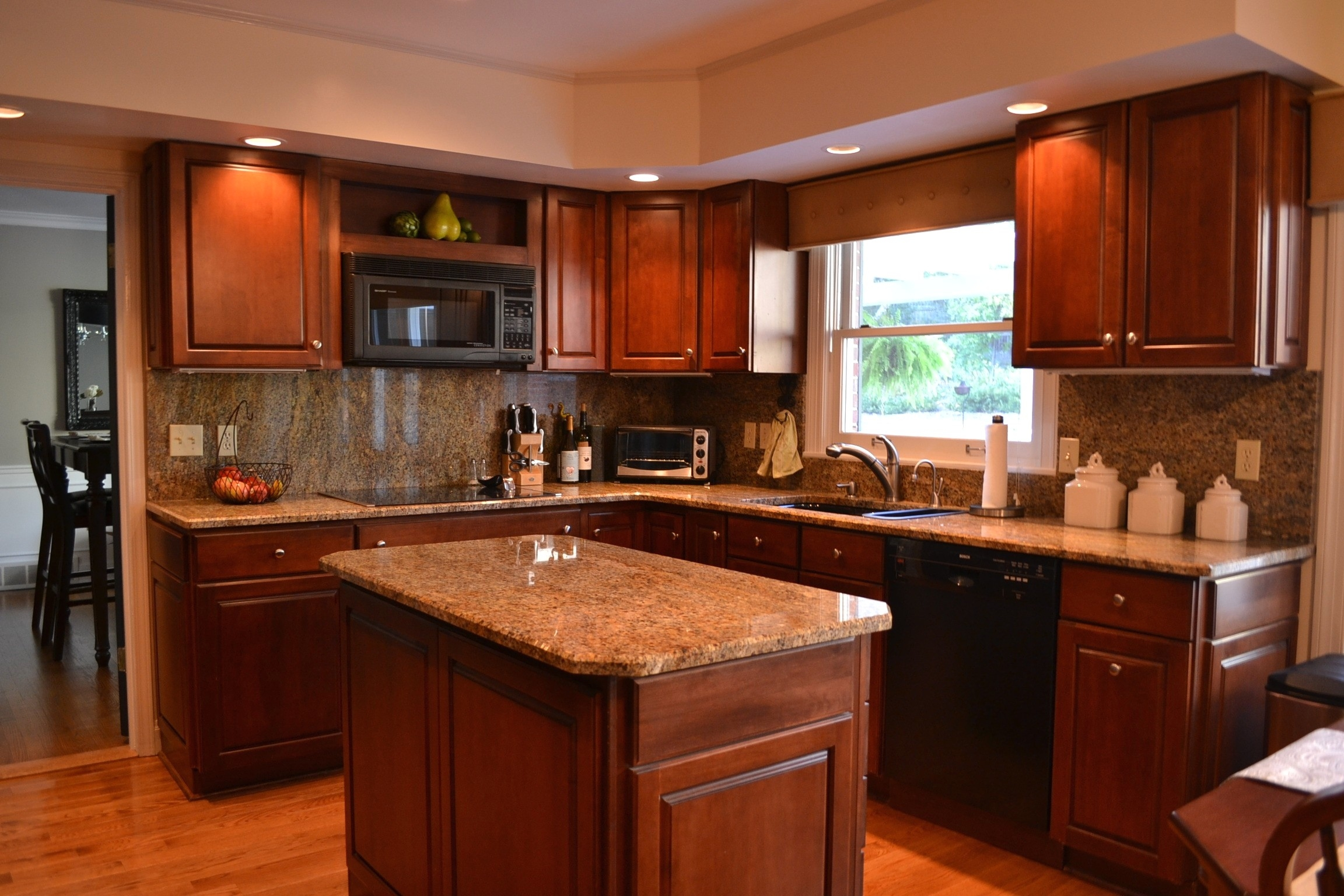 Kitchen Color Combinations Cherry Cabinets
