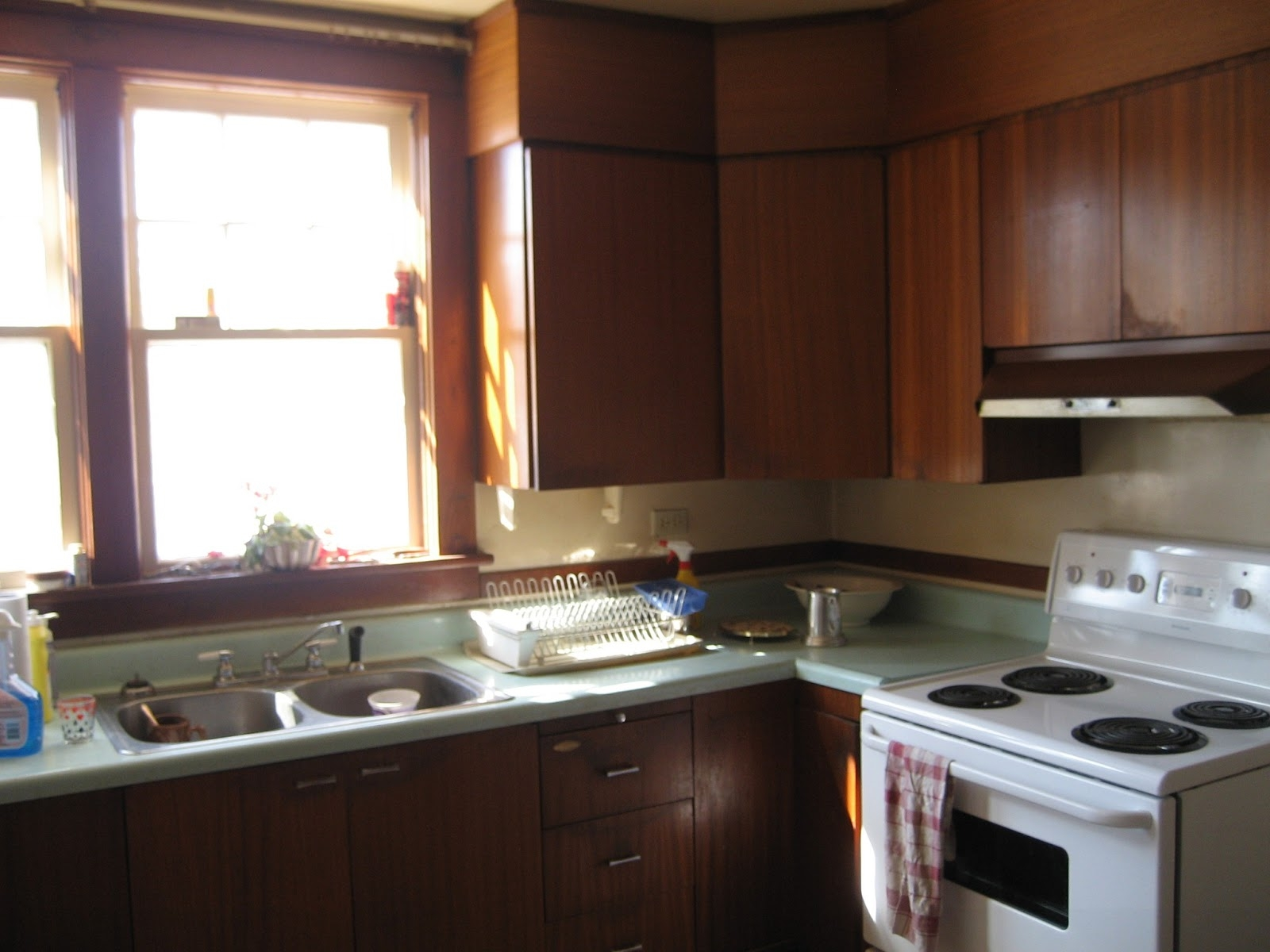 Make Kitchen Cabinets Look New