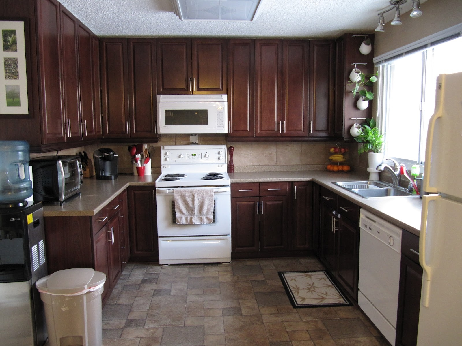 Moving Kitchen Cabinets To Ceiling
