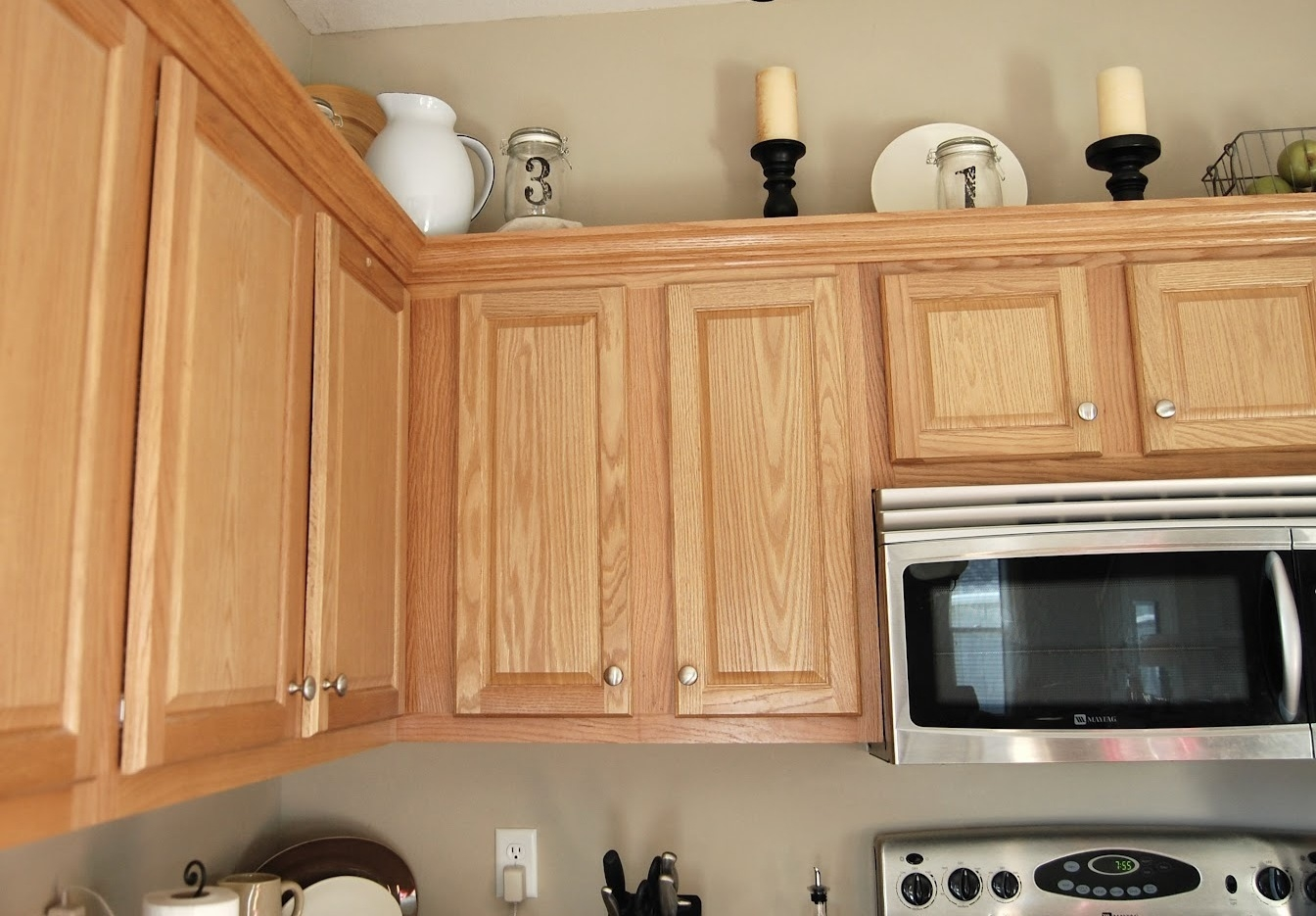 Permalink to Pictures Of Kitchen Cabinets With Knobs