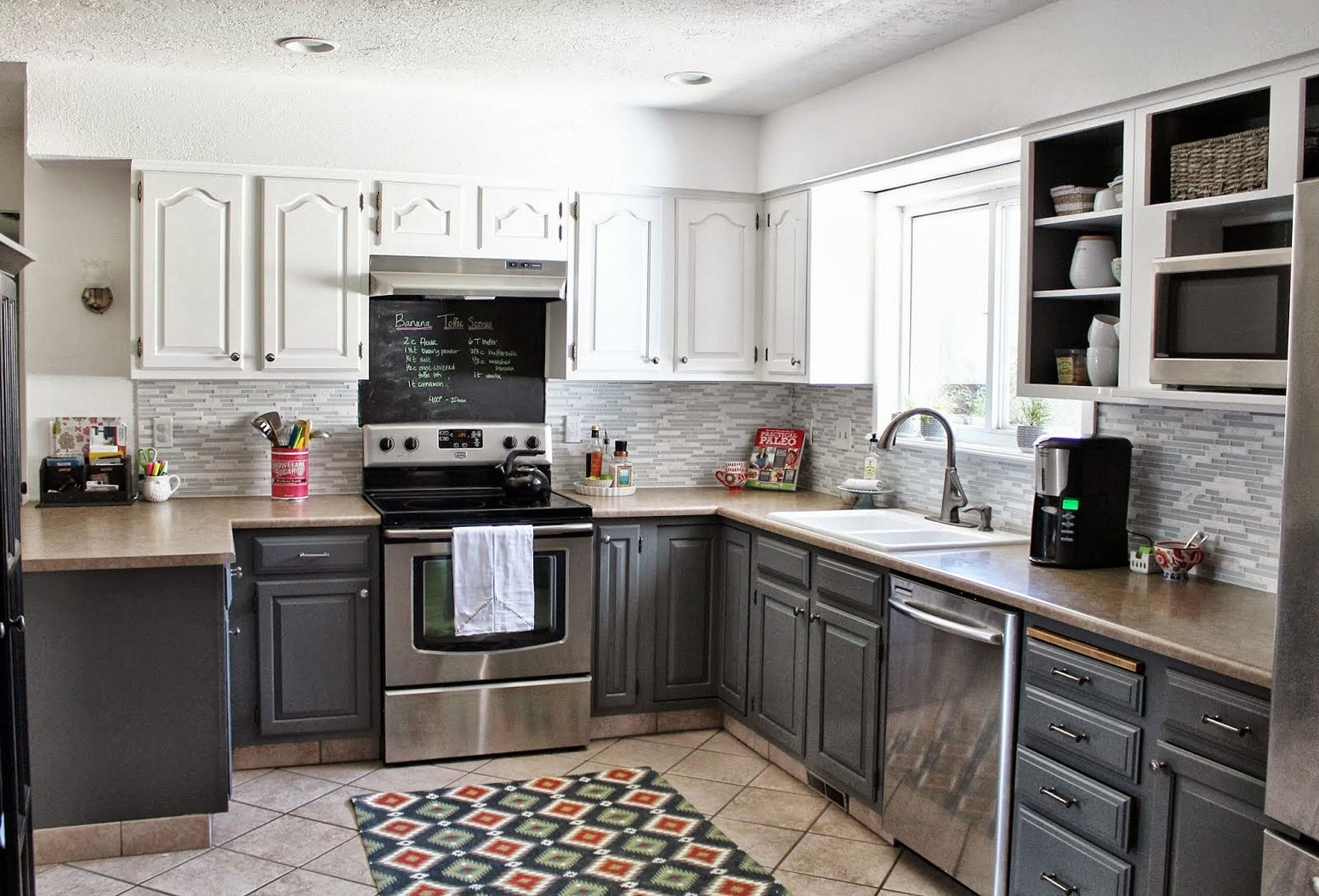 Two Color Kitchen Cabinets Pictures