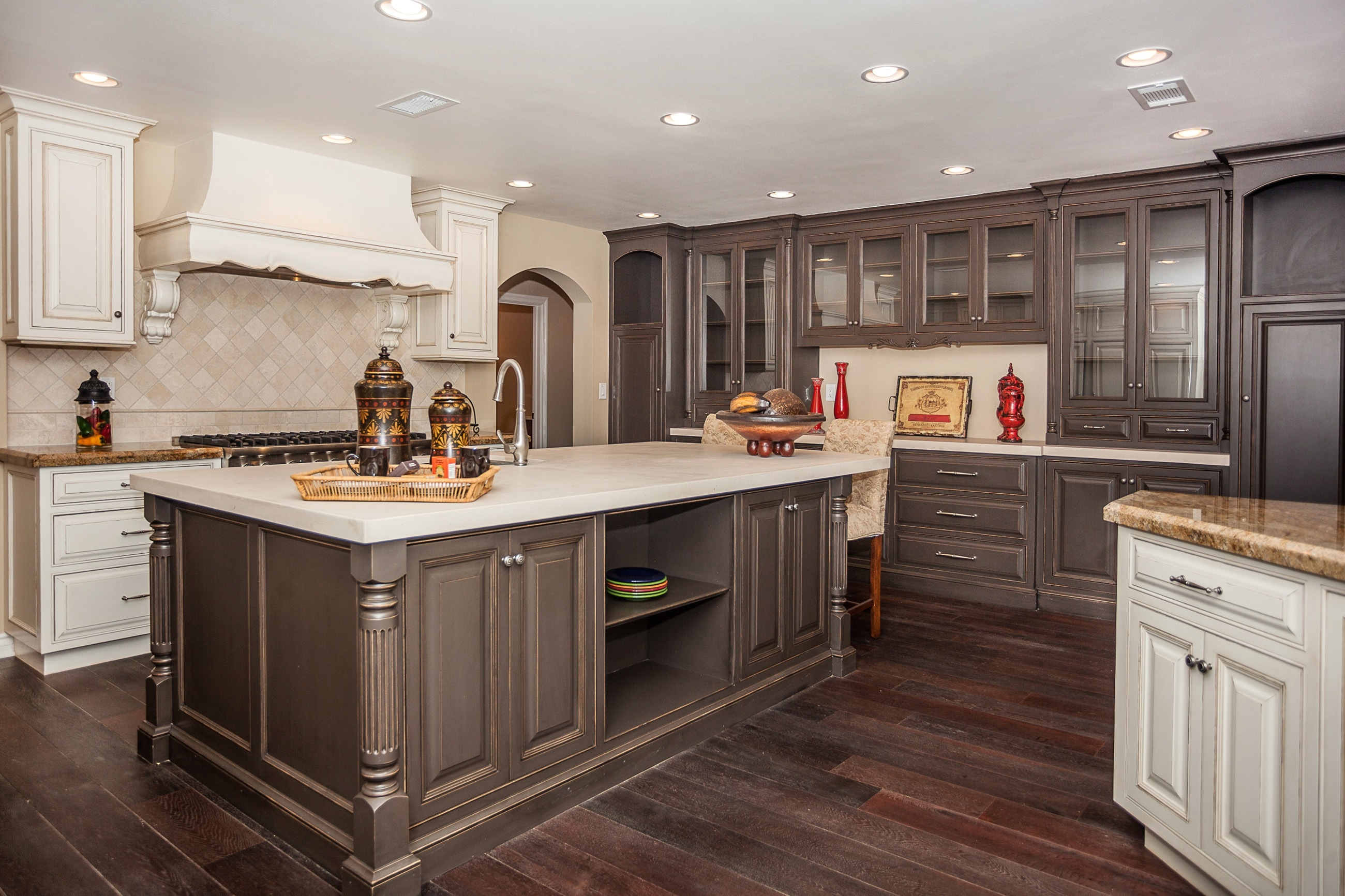White Kitchen Cabinets With Cherry Wood Floors2600 X 1733