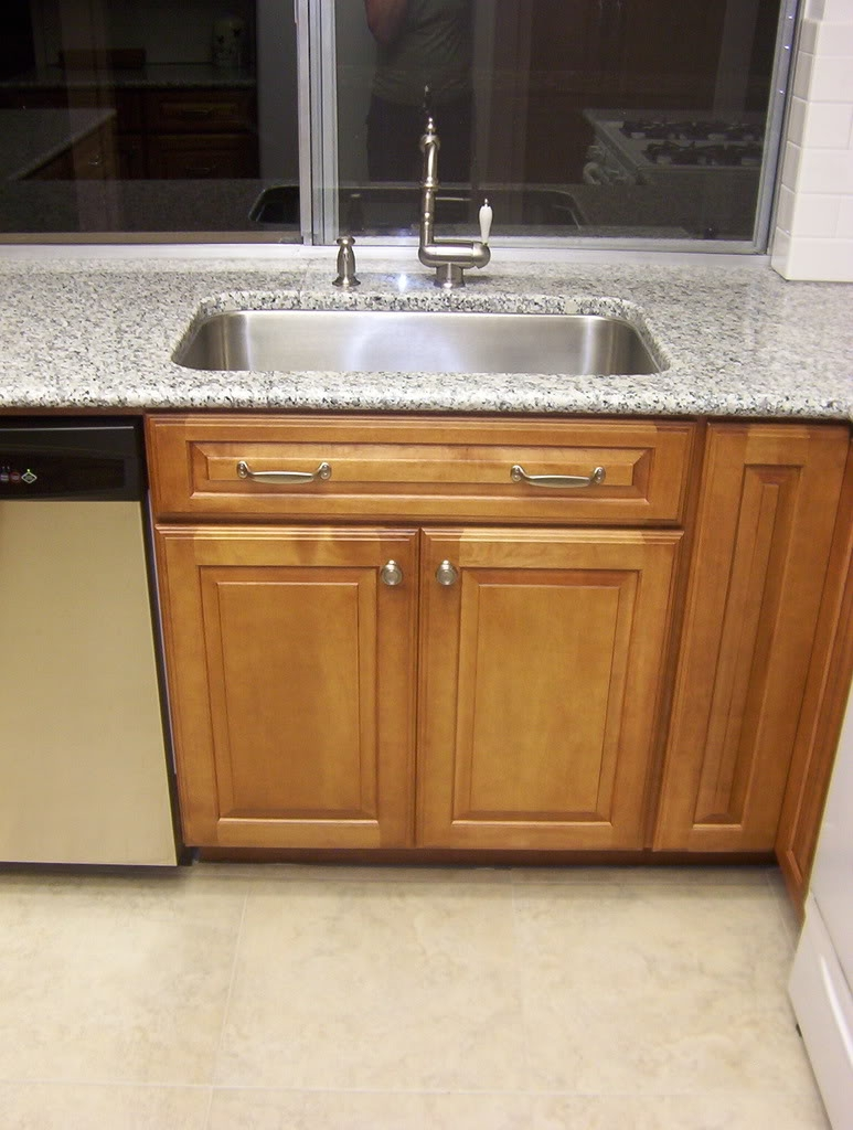 30 Sink Base Kitchen Cabinet
