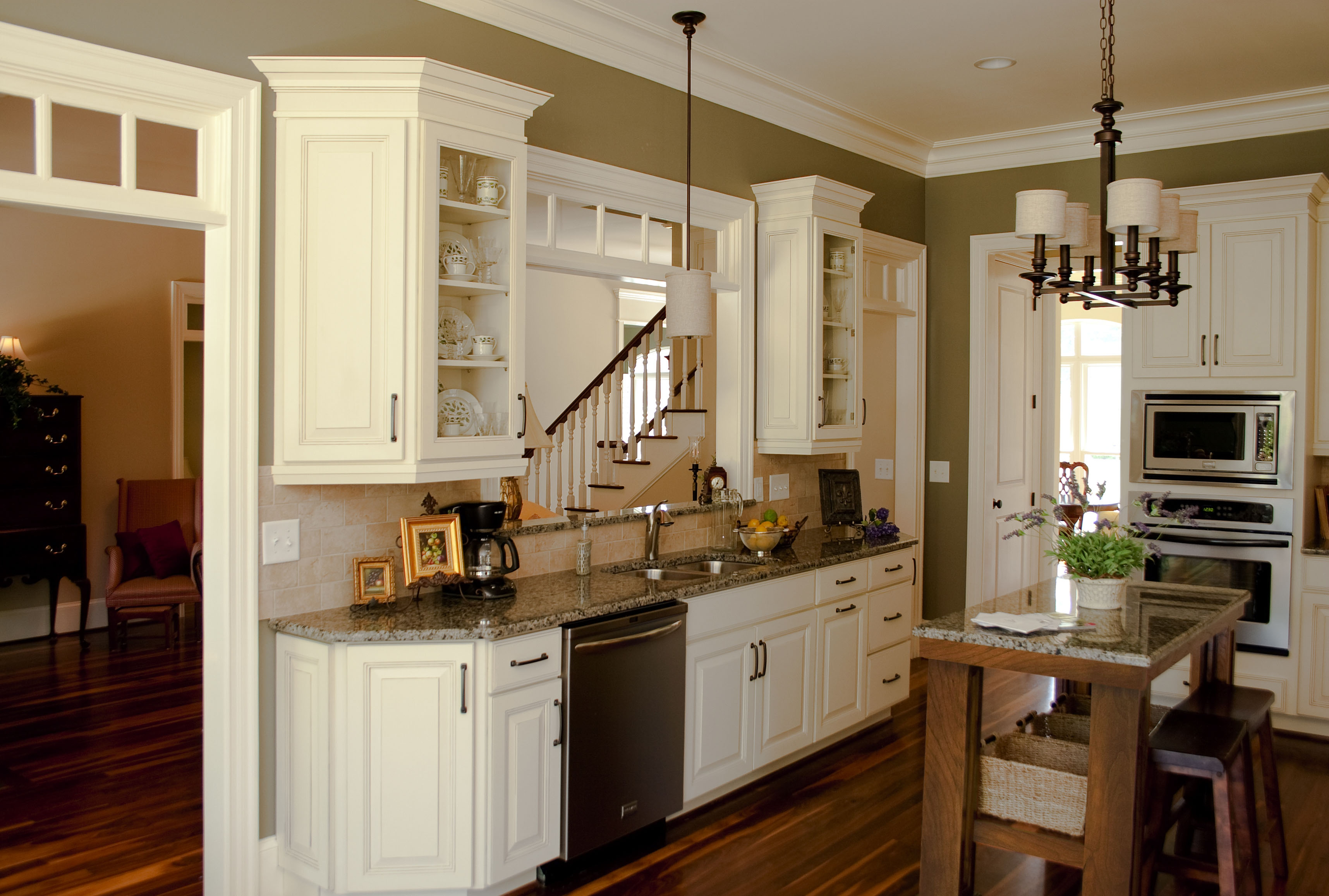 Angled End Kitchen Cabinets