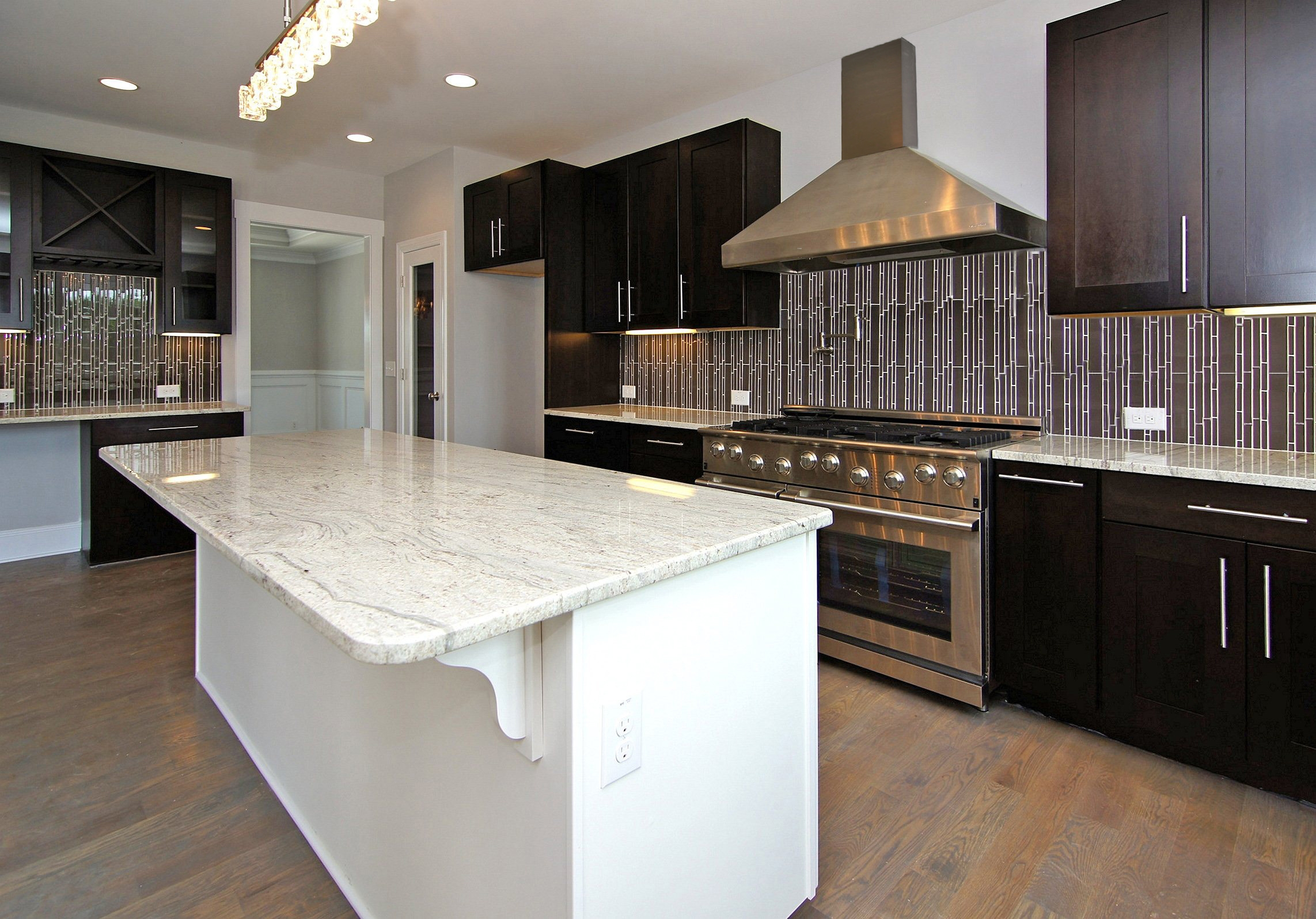 Best Color For Kitchen Cabinets 2014