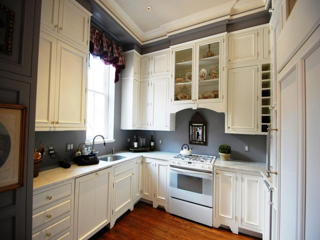 Best Small Kitchen Cabinet Colors