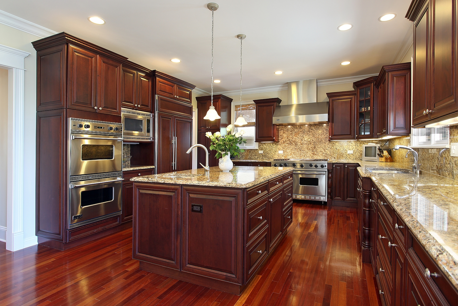Cherry Wood Kitchen Cabinets Pictures